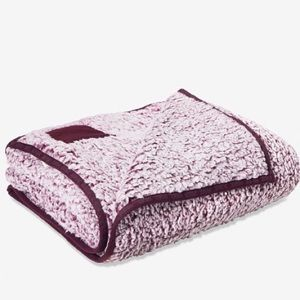 Victoria's Secret PINK Plum Sherpa Blanket